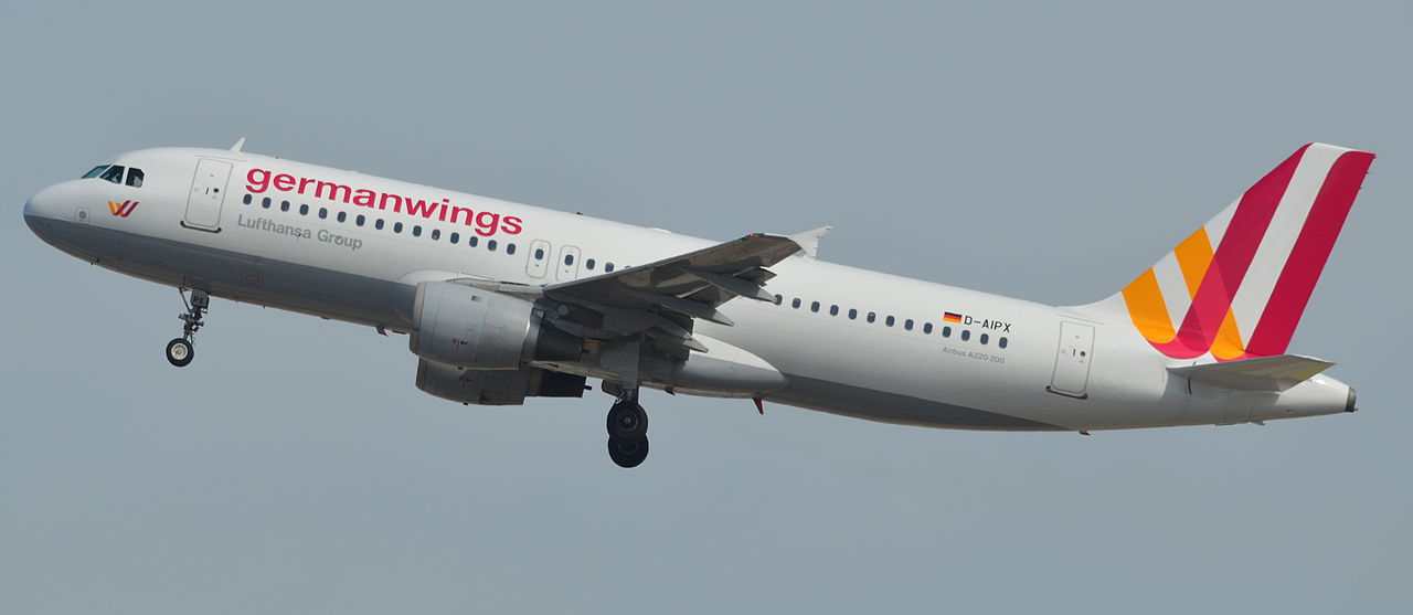 320_GERMANWINGS_D-AIPX_147_10_05_14_BCN_RIP_(16730197959)