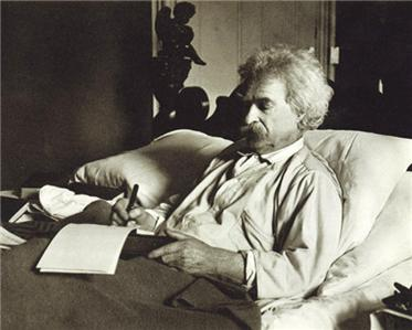 mark-twain-writing